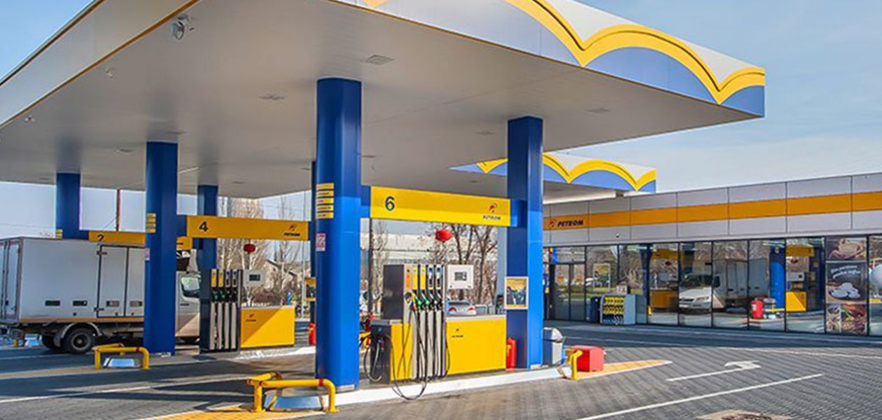 CORONAVIRUS. Special measures in gas stations for the protection of customers and employees.`